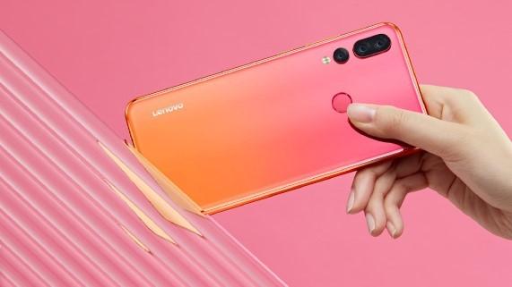 Постеры Lenovo Z5s демонстрируют цветовые варианты смартфона
