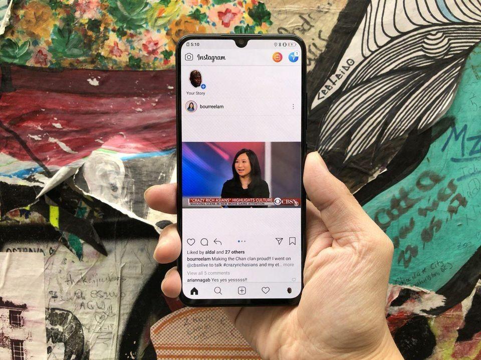 Vivo анонсировала среднебюджетный V11 со сканером отпечатков пальцев под экраном1