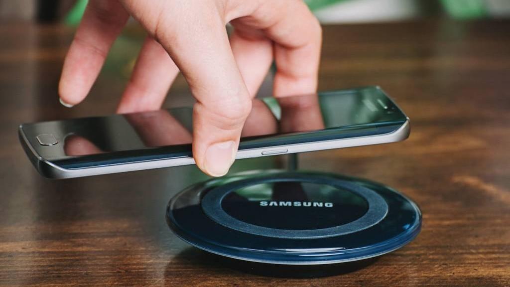 Samsung разрабатывает свой вариант беспроводной зарядки AirPower