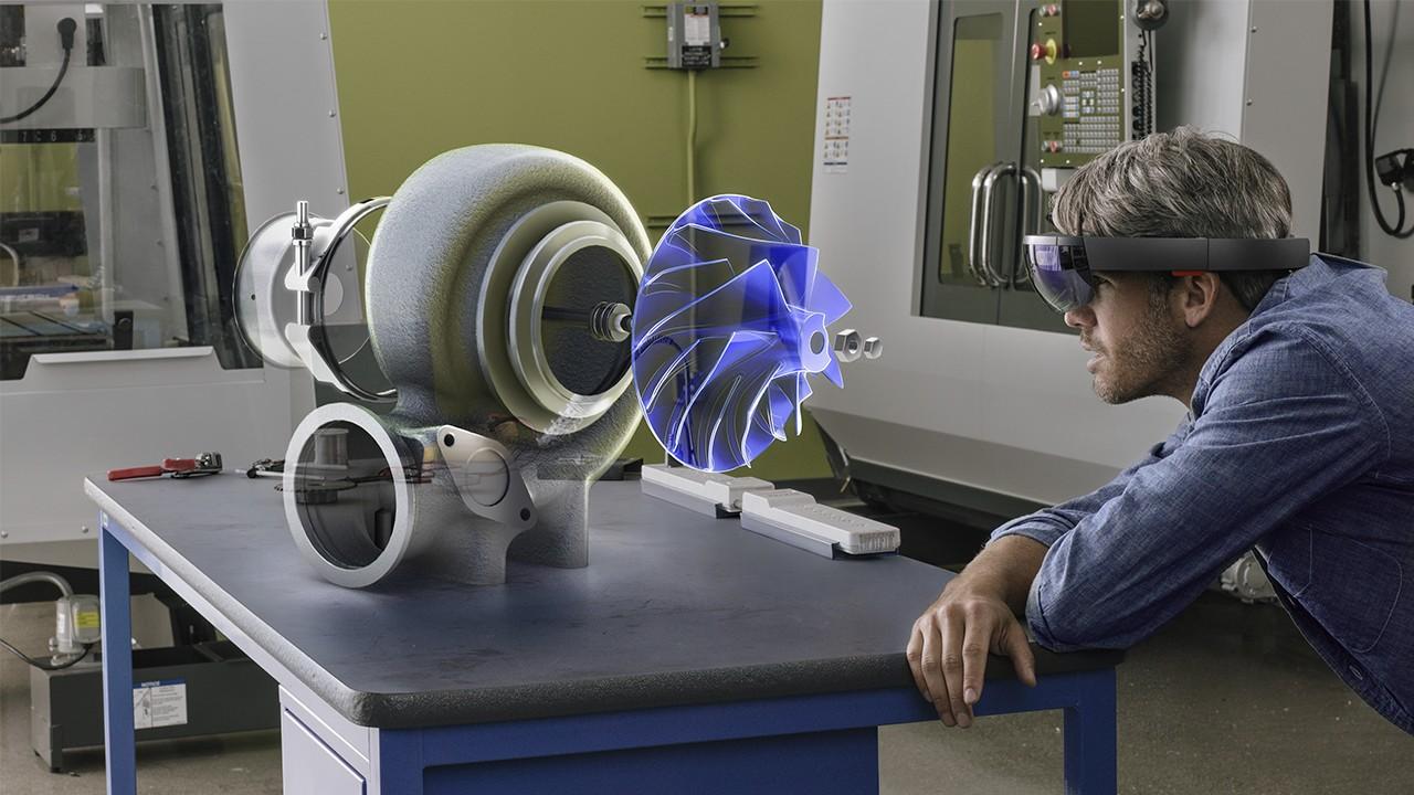 Microsoft заключила контракт на поставку HoloLens армии США