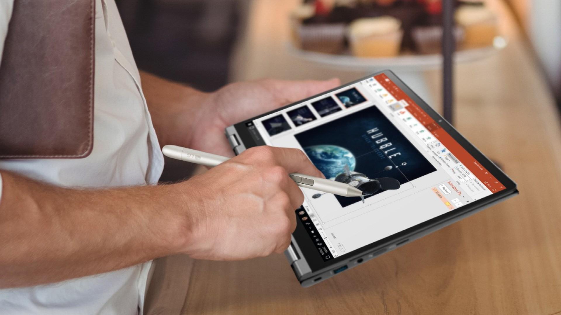 LG готовит 17-дюймовый ноутбук-трансформер Gram