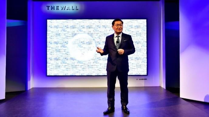 Samsung анонсировала 146-дюймовый модульный дисплей с разрешением 8K