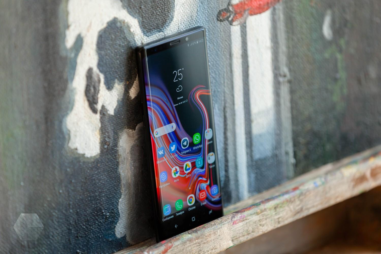 Первый обзор Samsung Galaxy Note 90