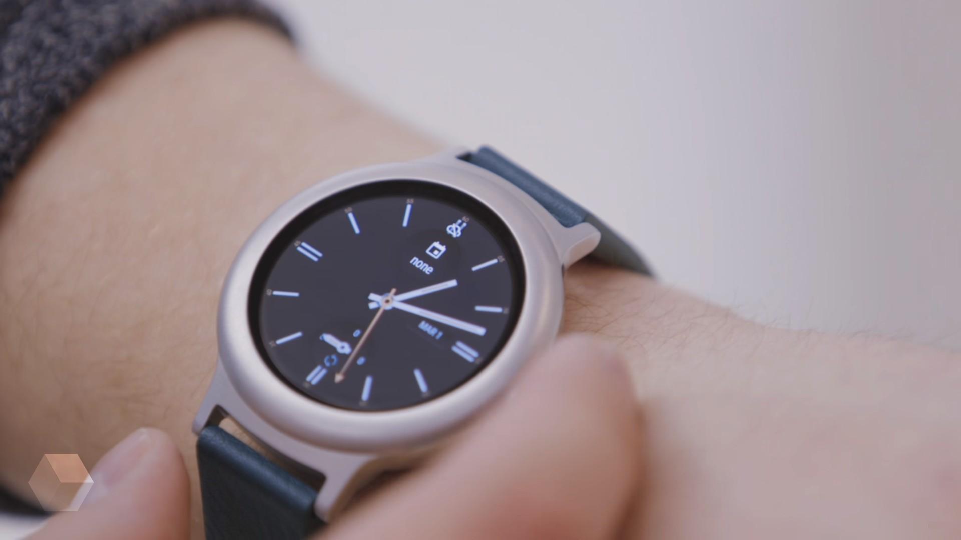 Google не выпустит Pixel Watch в этом году