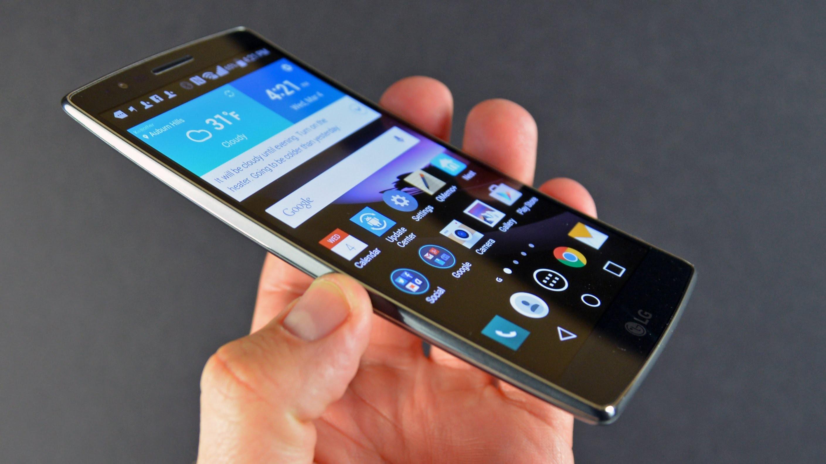 Huawei и LG регистрируют торговые марки складных смартфонов