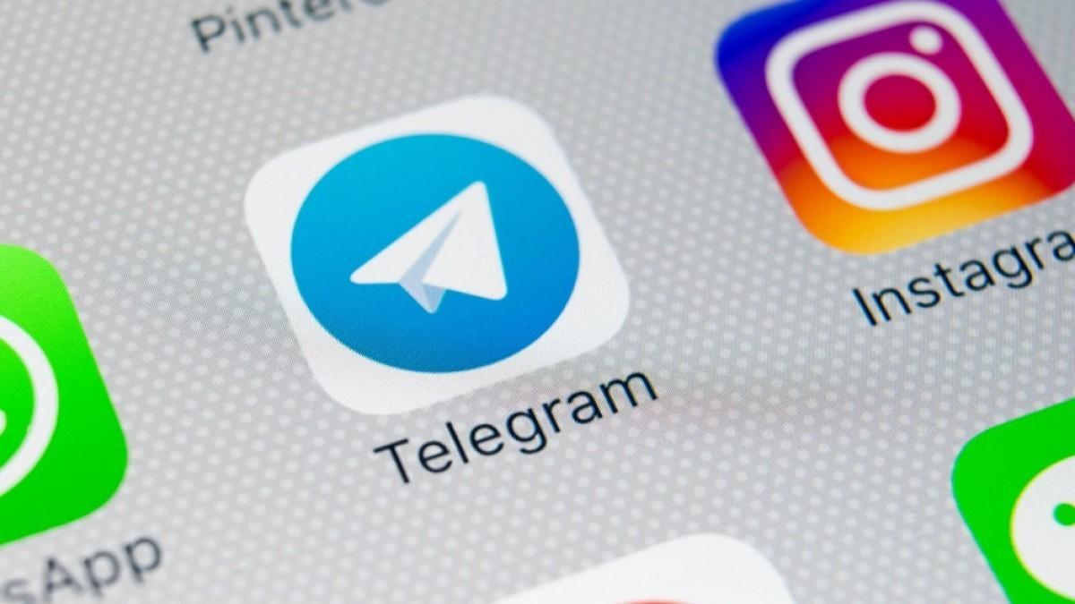 Россияне пользуются звонками через мессенджеры чаще обычных