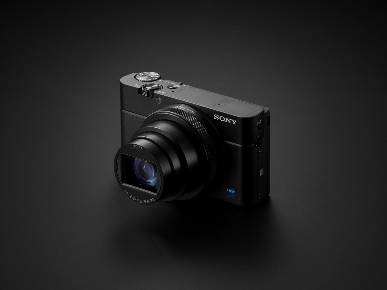 Sony открыла предзаказ на камеру Cyber-shot RX100 VI6