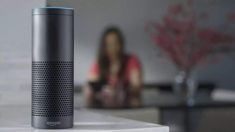 Amazon планирует встроить помощник Alexa в микроволновки