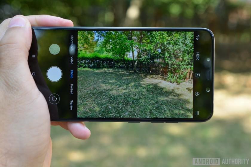 Характеристики и фото Xiaomi Pocophone F1 появились до презентации9