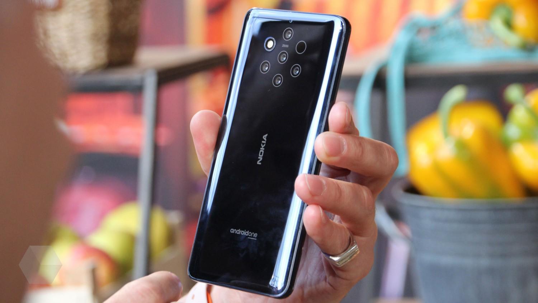 В России стартовали продажи Nokia 9 PureView