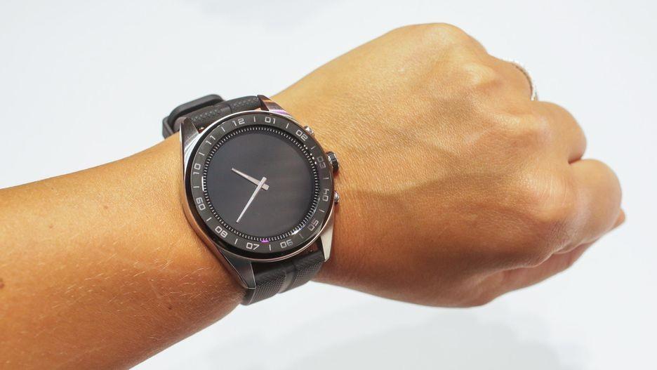 LG Watch W7 — гибридные часы с Wear OS и механическими стрелками5