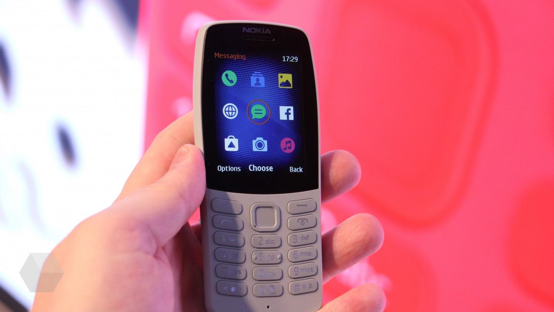 Кнопочный Nokia 210 в России за 2790 рублей
