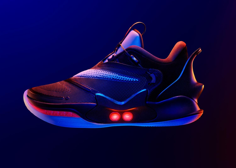 Nike представила второе поколение умных кроссовок Adapt BB10
