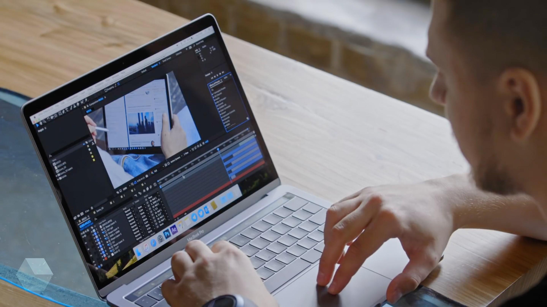 Новые MacBook Pro страдают от фантомных перезагрузок