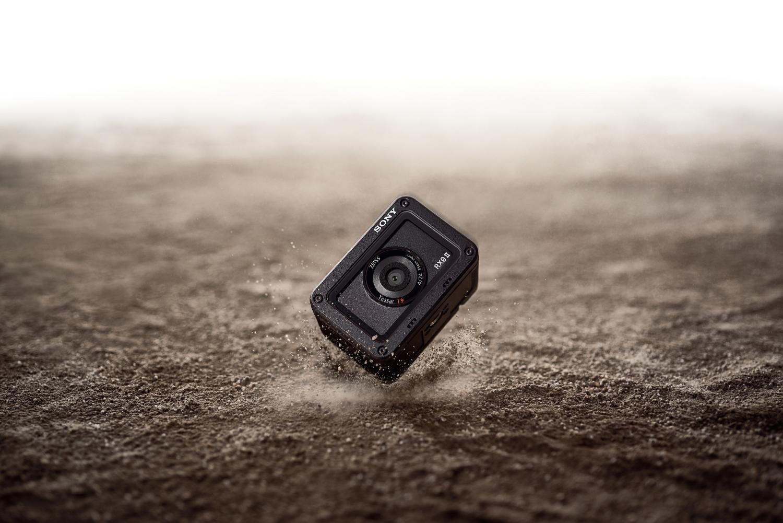 Sony представила компактную экшн-камеру RX0 II в России4