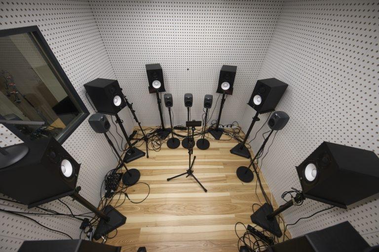 DxOMark теперь оценивает и аудиовозможности смартфонов1