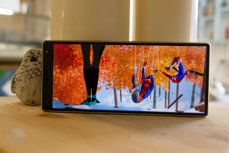Обзор Sony Xperia 10 и 10 Plus. Идея нравится, но реализация хромает20