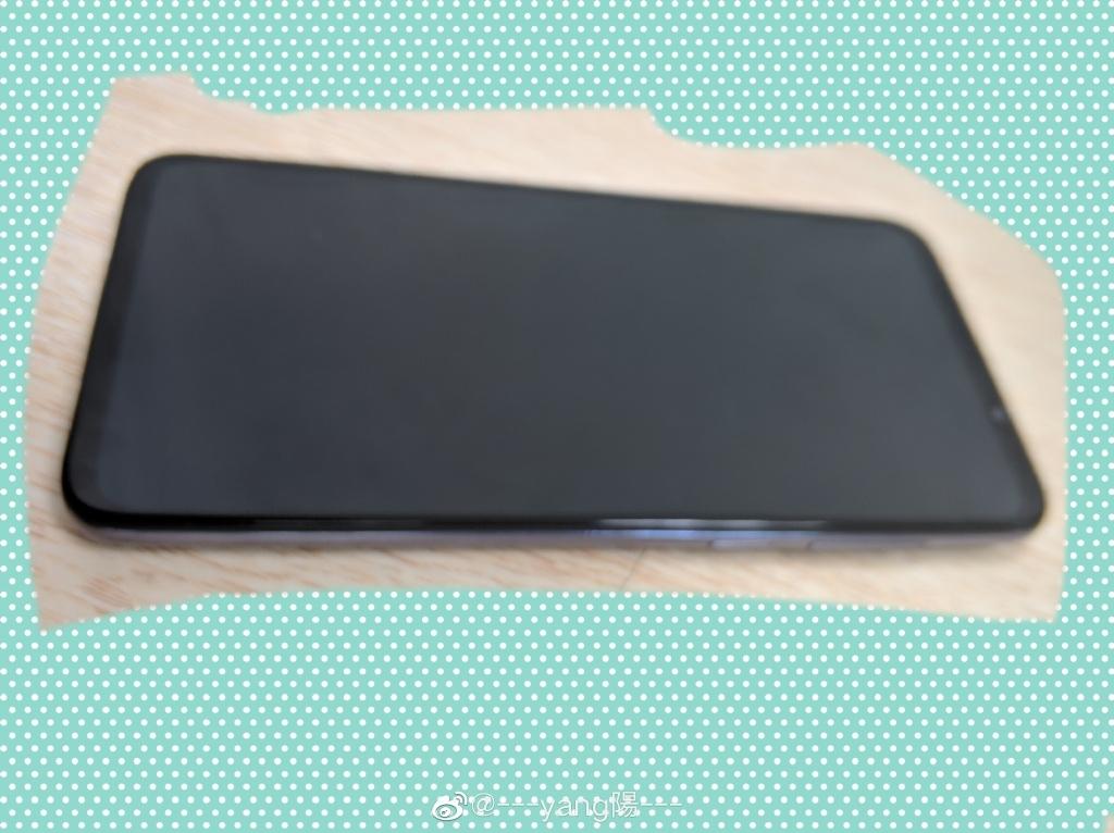 Фотографии игрового смартфона Meizu 16T2