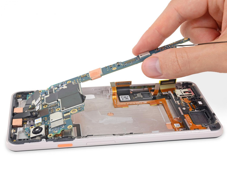 iFixit: Google Pixel 3 XL использует дисплей от Samsung2