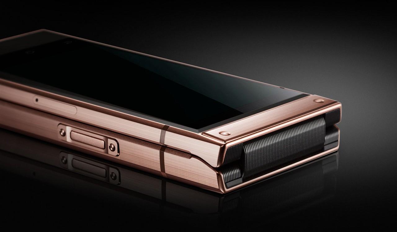 Samsung W2019: «раскладушка» с двумя дисплеями и Snapdragon 8453