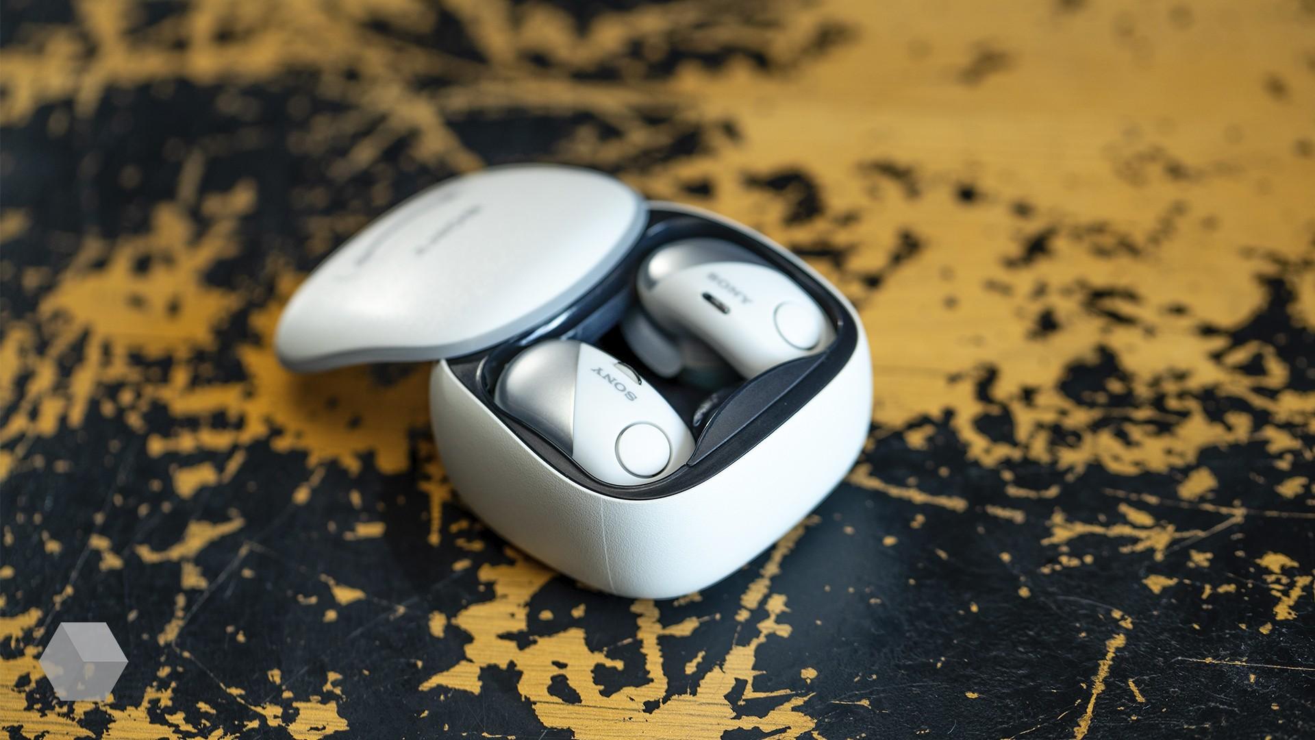 Sony WF-SP700N — спортивные беспроводные наушники с шумоподавлением