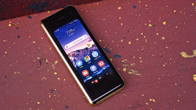 Samsung потеряла 60% прибыли, но не планирует отказываться от складных смартфонов