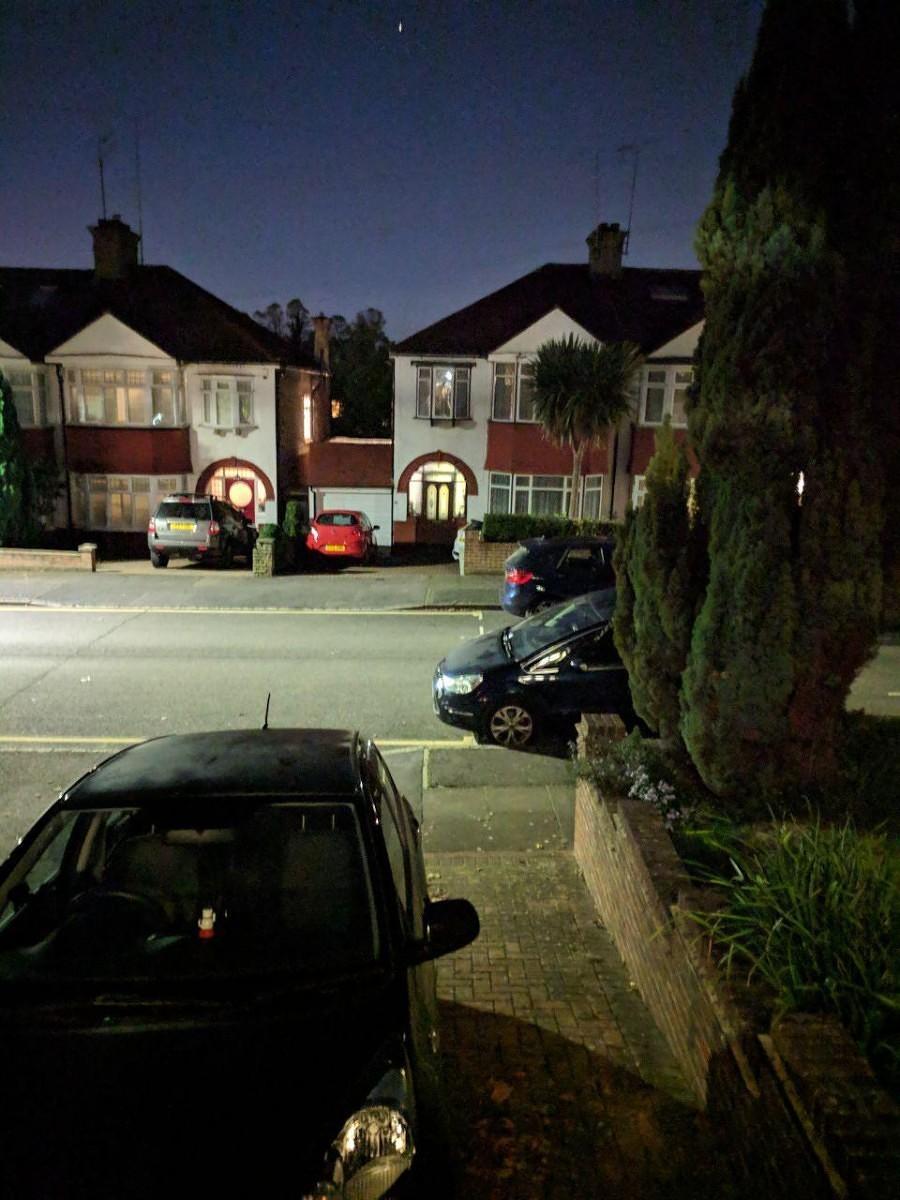 Google Camera с Night Sight доступна для всех поколений Pixel8