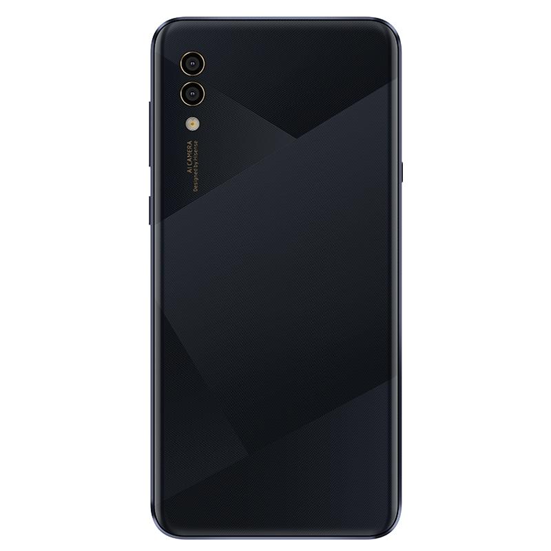 Hisense начинает продажу смартфонов в России10