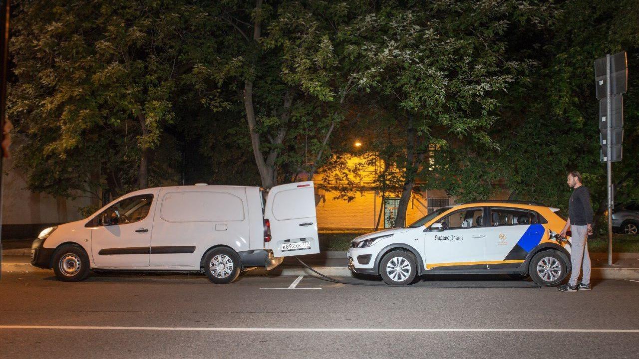 Автомобили «Яндекс.Драйв» теперь не нужно заправлять на АЗС