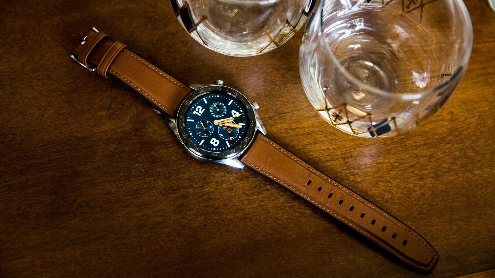 Huawei Watch GT проработают две недели от одного заряда