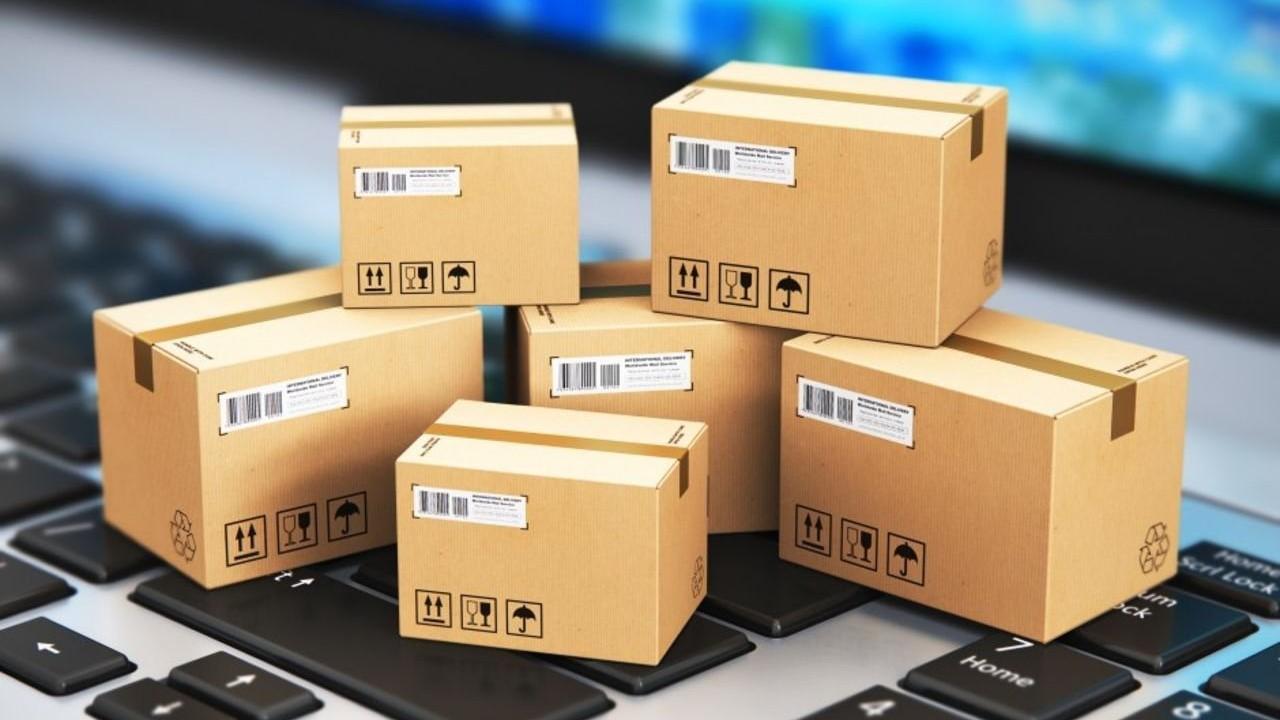 Российские магазины предложили облагать посылки из-за рубежа дополнительным сбором