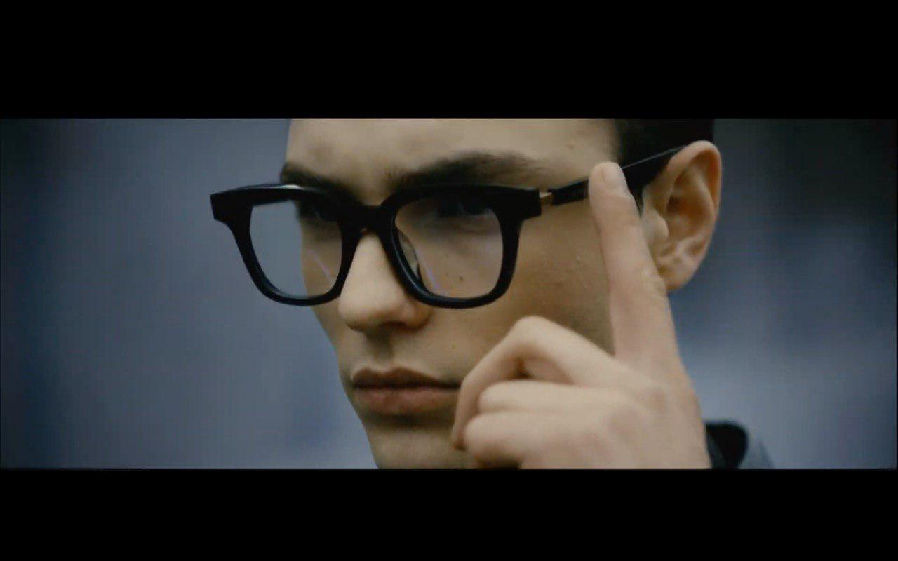 Умные очки Huawei позволят слушать музыку без наушников3