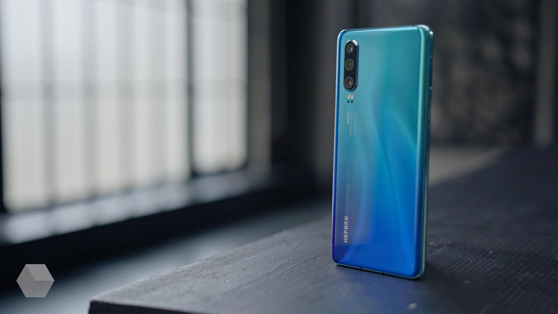 Первый взгляд на Huawei P30 и P30 Pro3