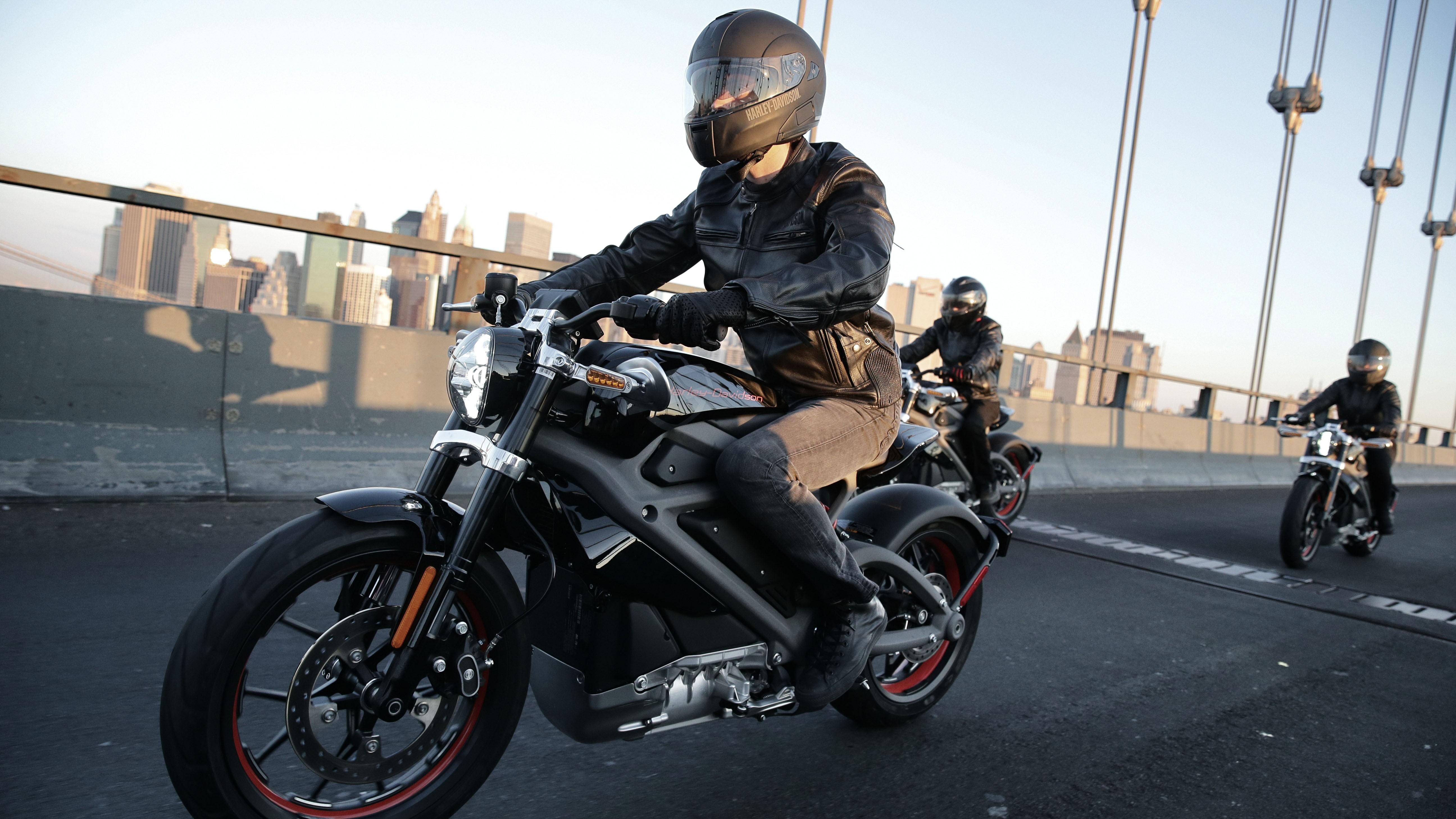 Harley-Davidson выпустит электрический мотоцикл