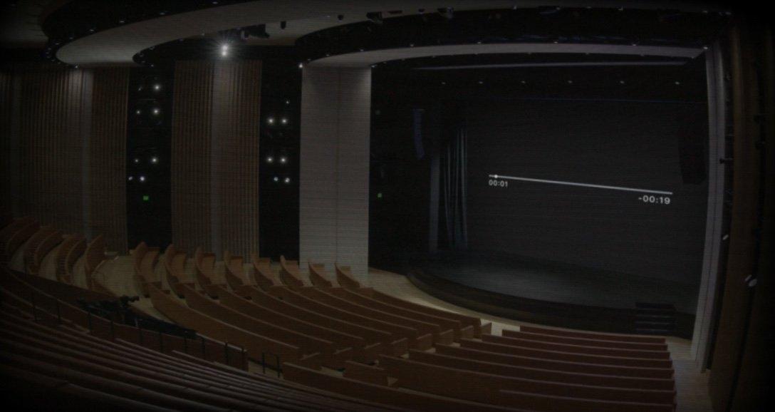 «Когда никто не пришёл на фан-встречу». Что интересного показали в пустом зале театра им. Стива Джобса2