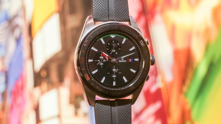 LG Watch W7 — гибридные часы с Wear OS и механическими стрелками
