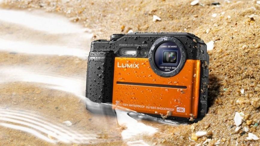 Panasonic представила защищённую камеру с электронным видоискателем