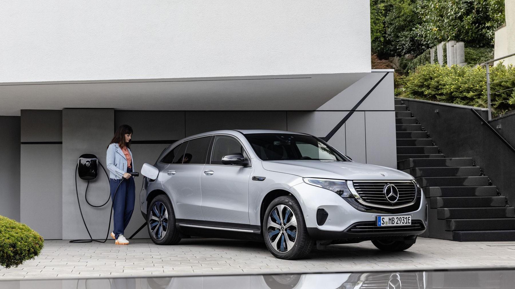 Электрический кроссовер от Mercedes-Benz поступит в продажу