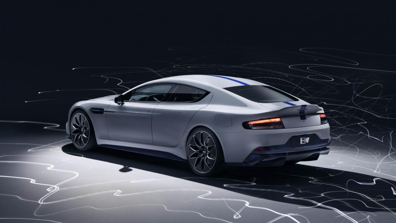 Aston Martin представила свой первый электромобиль1