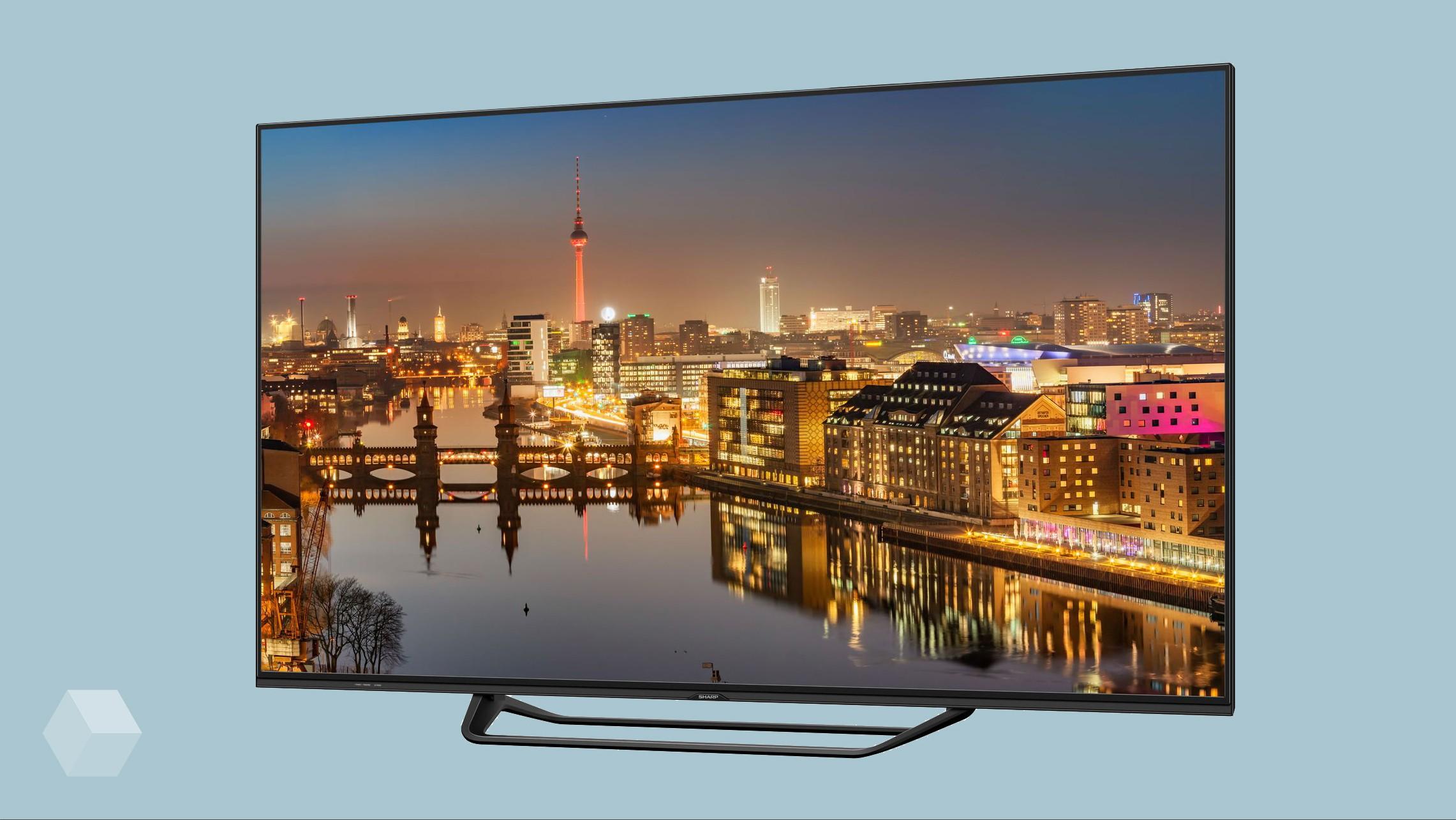 Sharp привезла в Россию 8K-телевизор