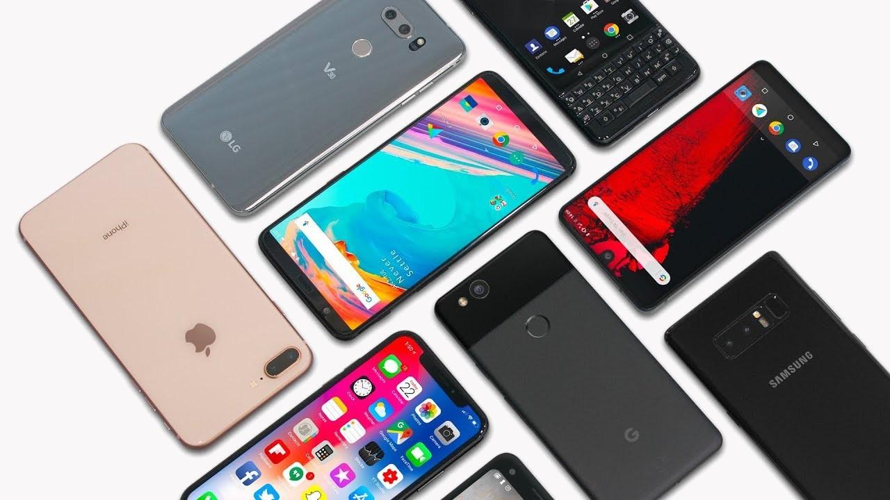 Продажи смартфонов падают, но вернутся к росту в 2019 году