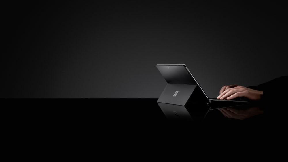 Microsoft Surface Pro 6 получил чёрный корпус и новые процессоры