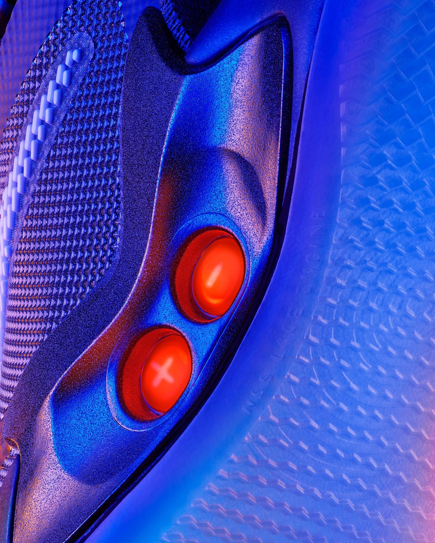 Nike представила второе поколение умных кроссовок Adapt BB8