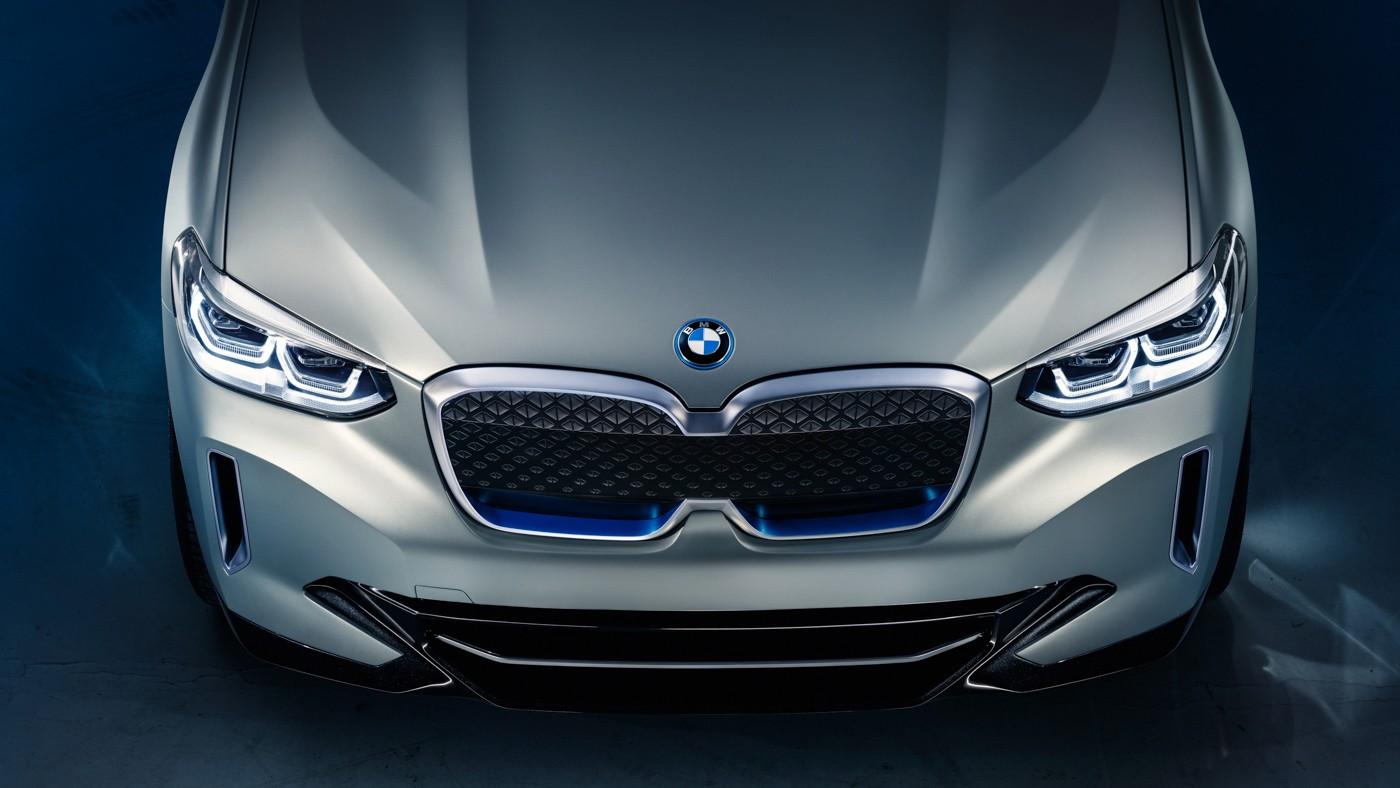 BMW выпустит электрическую версию кроссовера X3
