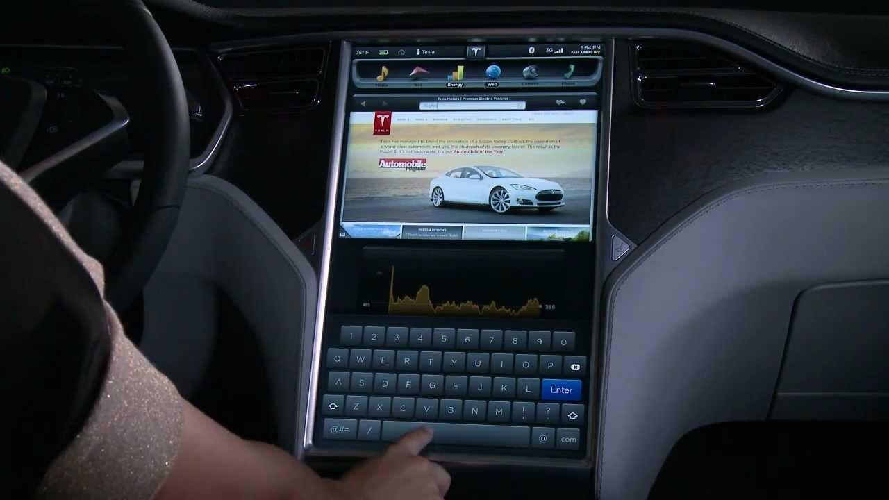 Бортовой браузер Tesla переходит на платформу Chromium