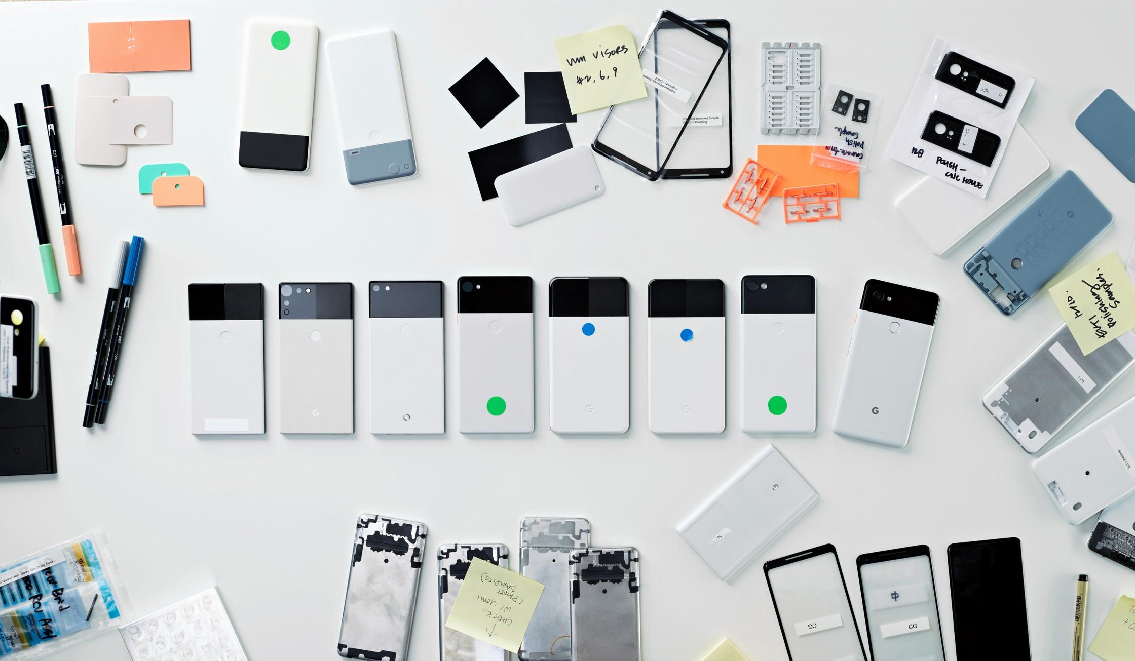 Дизайнер Google показала прототипы Pixel 2 и других устройств