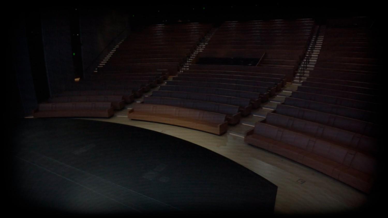 «Когда никто не пришёл на фан-встречу». Что интересного показали в пустом зале театра им. Стива Джобса