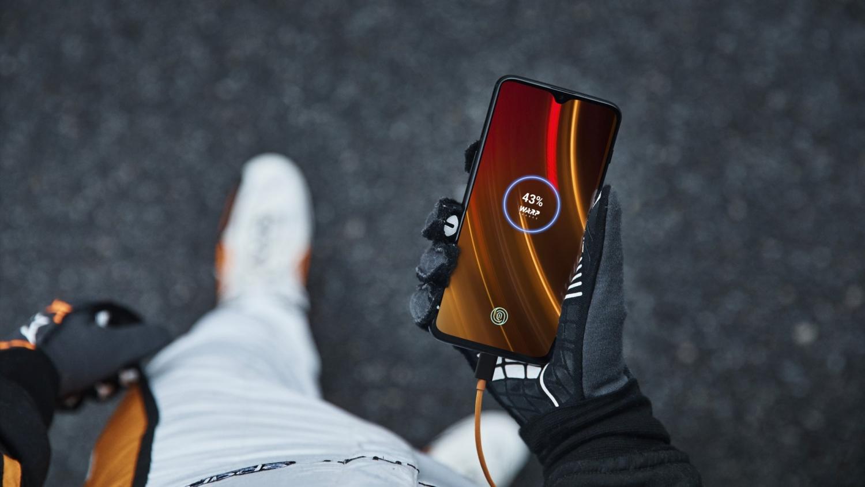 OnePlus 6T McLaren Edition: «салют скорости»3