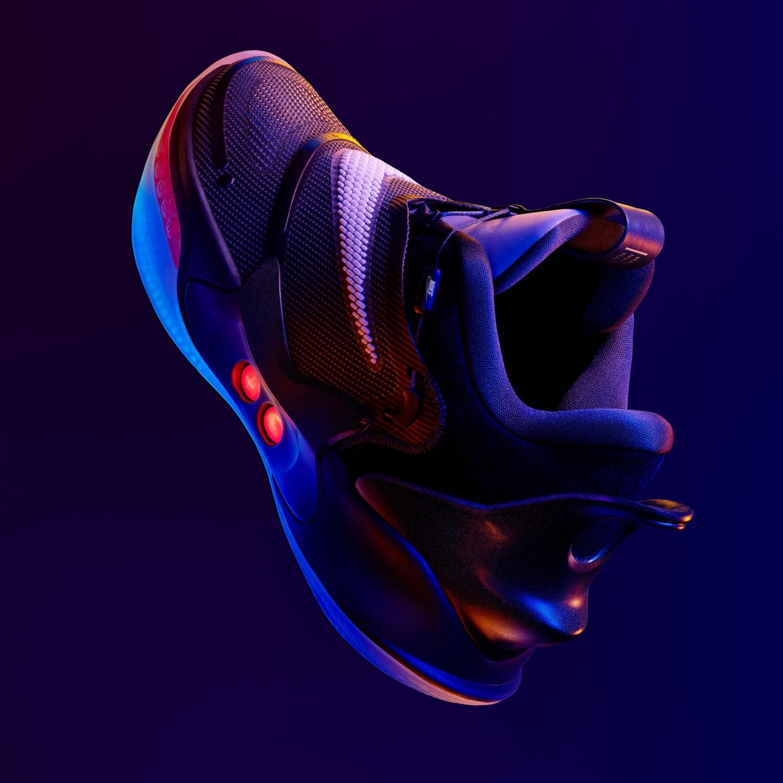 Nike представила второе поколение умных кроссовок Adapt BB9