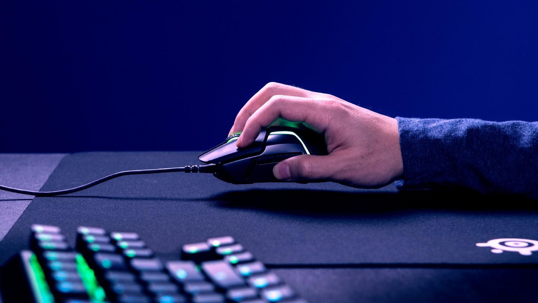 SteelSeries представила игровую мышь с двумя оптическими сенсорами1